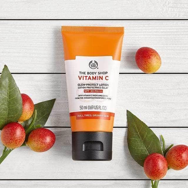 The Body Shop Vitamin C Glow-Protect Lotion SPF30 bbfdb6d457