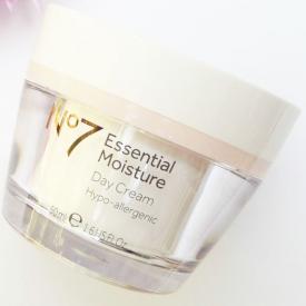 No7 Essential Moisture Day Cream