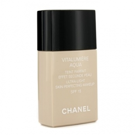 Chanel Vitalumière Aqua Ultra-light Skin Perfecting Makeup Instant Natural Radiance SPF 15