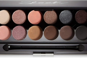 Sleek Oh So Special I-Divine eye shadow palette