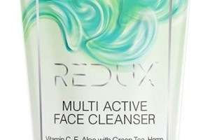 Redux Face Cleanser with Vitamin C, E, Aloe, Green Tea, Hemp Seed Extract & Roman Chamomile