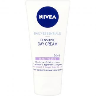 Nivea Daily Essentials Sensitive Day Cream SPF 15
