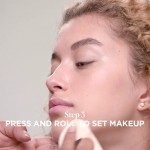 How To Apply Translucent Loose Setting Powder | Laura Mercier